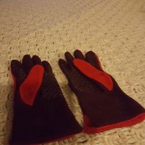 Pierre Candin wool gloves.